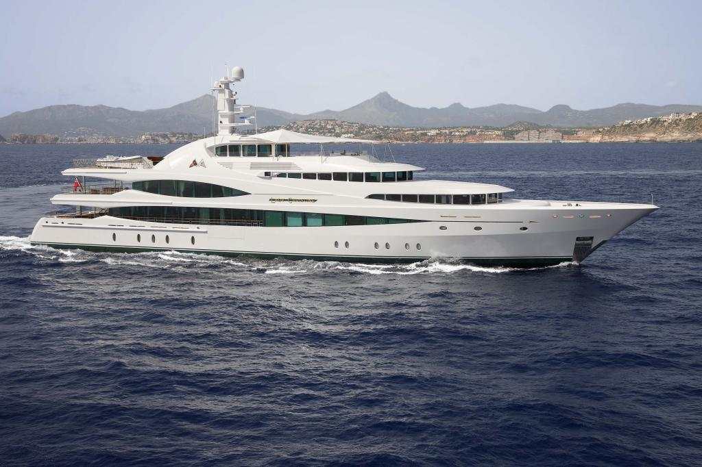 Lady Christine Feadship yacht for sale