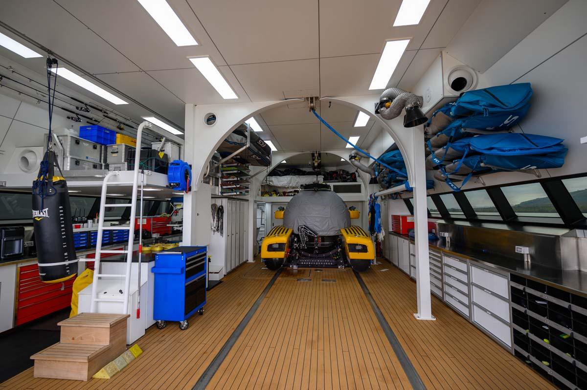 177-Damen-UMBRA-shadow-yacht-for-sale-21