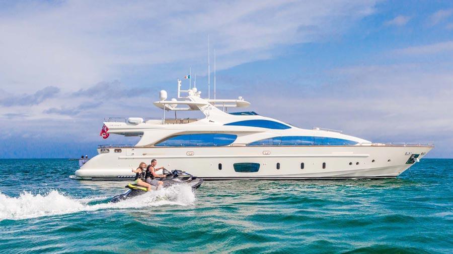 105-Azimut-Amanecer-luxury-yacht-charter-profile-(900)