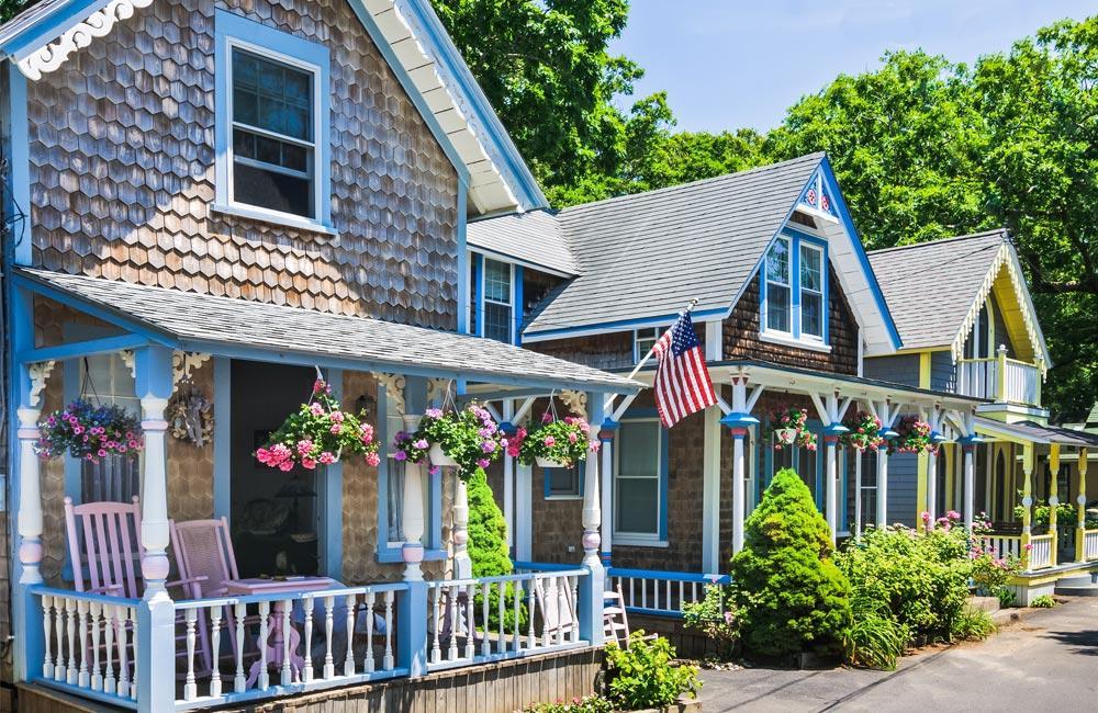 New England Summer Yacht Charter Destination Marthas Vineyard