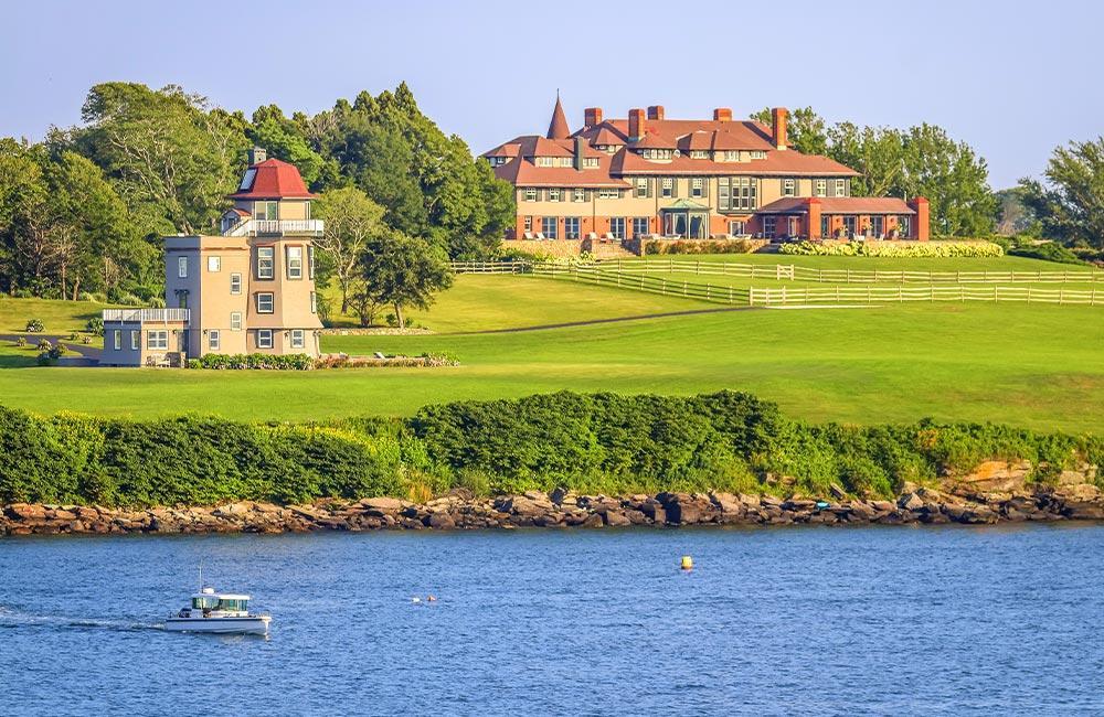 New-England-Summer-Yacht-Charter-Destination-Newport