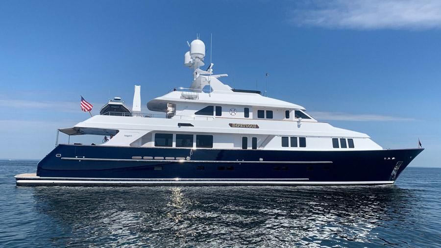 Impetuous-Luxury-Charter-Yacht-hero
