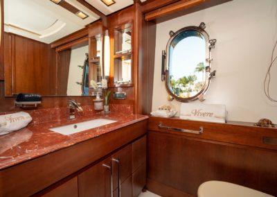 116-Azimut-Vivere-luxury-yacht-charter-17
