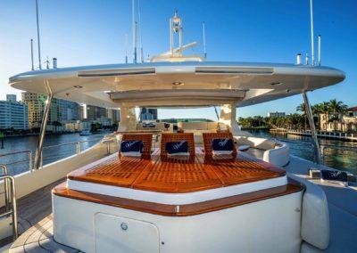 116-Azimut-Vivere-luxury-yacht-charter-43