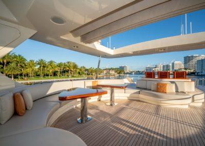 116-Azimut-Vivere-luxury-yacht-charter-48