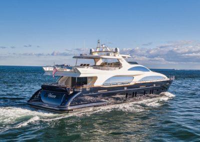 116-Azimut-Vivere-luxury-yacht-charter-77