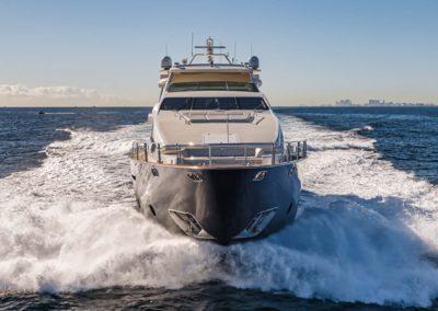116-Azimut-Vivere-luxury-yacht-charter-85