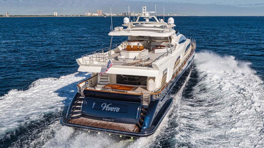 116-Azimut-Vivere-luxury-yacht-charter-aft-profile