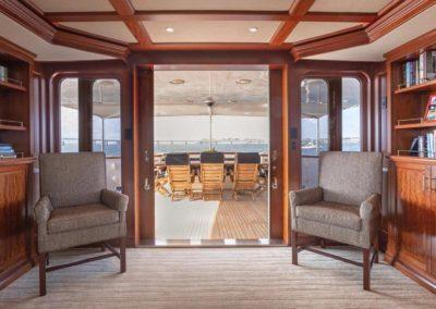 127 Burger IMPETUOUS Luxury Yacht Charter-11