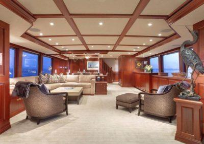 127 Burger IMPETUOUS Luxury Yacht Charter-12
