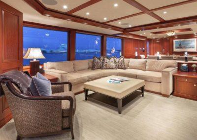 127 Burger IMPETUOUS Luxury Yacht Charter-13