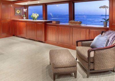 127 Burger IMPETUOUS Luxury Yacht Charter-14