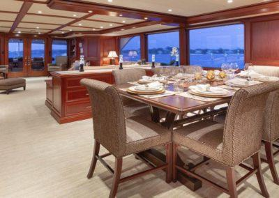 127 Burger IMPETUOUS Luxury Yacht Charter-15
