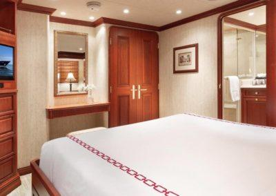 127 Burger IMPETUOUS Luxury Yacht Charter-21 copy