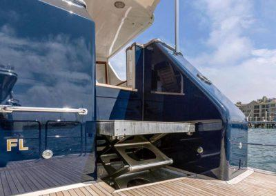 127 Burger IMPETUOUS Luxury Yacht Charter-6