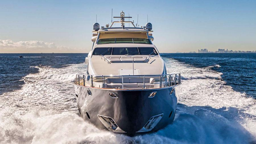 Vivere-luxury-yacht-charter-bow-profile