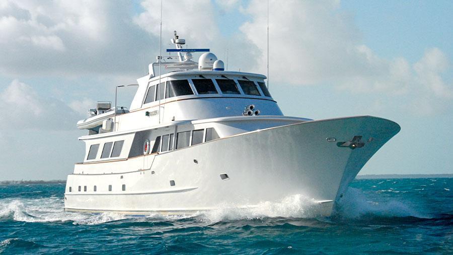 109-Broward-KALEEN-featured-charter-yacht-hero