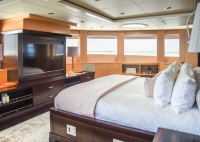 156-Delta-ROCHADE-luxury-yacht-for sale-31