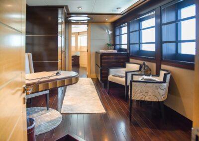 156-Delta-ROCHADE-luxury-yacht-for sale-32