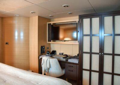 156-Delta-ROCHADE-luxury-yacht-for sale-38