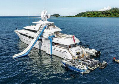 156-Delta-ROCHADE-luxury-yacht-for sale-4_1