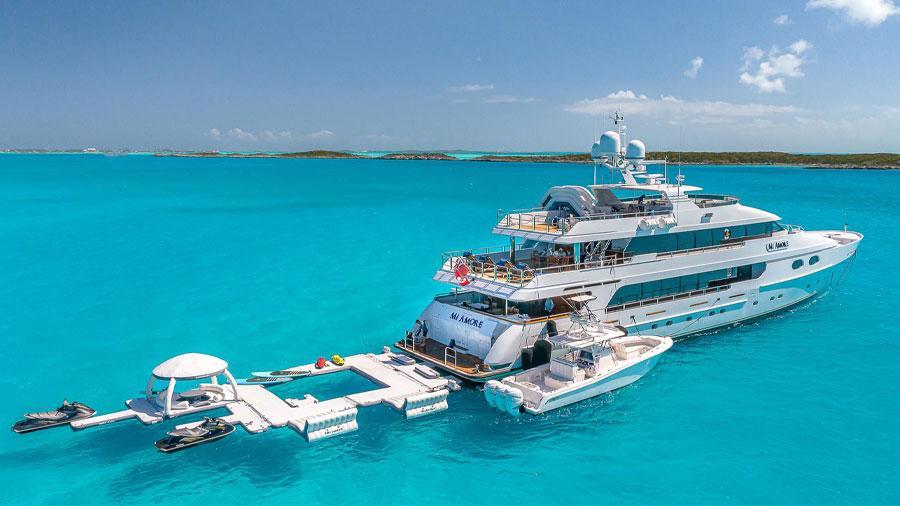 157-Christensen-Mi-Amore-featured-charter-yacht-hero-v2
