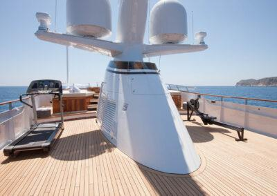53m-Feadship-Mirage-luxury-yacht-charter-sundeck-3
