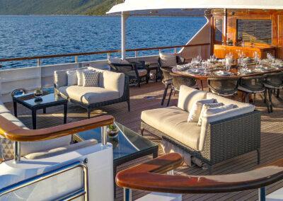 Mirage-luxury-yacht-charter-new-10