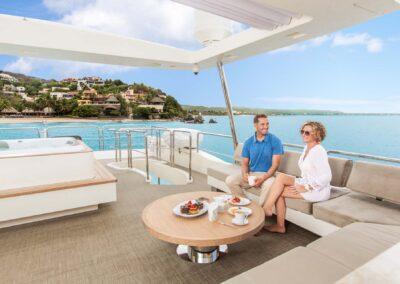105-Azimut-Amanecer-luxury-yacht-charter-lifestyle-6