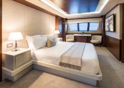 105-Azimut-Amanecer-luxury-yacht-charter-master-1