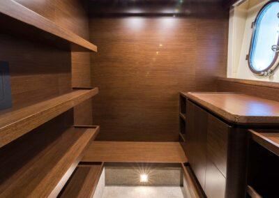 105-Azimut-Amanecer-luxury-yacht-charter-master-6