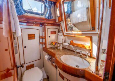 Hermie-Louise-78-little-harbor-sail-yacht-for-sale-23