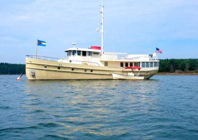 Walrus-76-custom-trawler-yacht-for-sale-bahamas-1