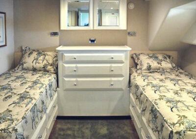 Walrus-76-custom-trawler-yacht-for-sale-bahamas-15