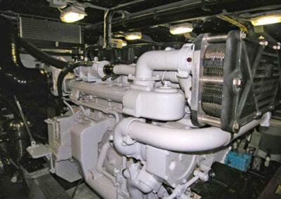 Walrus-76-custom-trawler-yacht-for-sale-bahamas-19