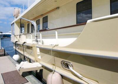 Walrus-76-custom-trawler-yacht-for-sale-bahamas-5